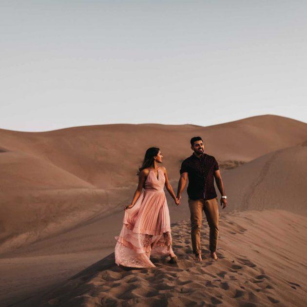 Great sand dunes Colorado sunrise engagement session